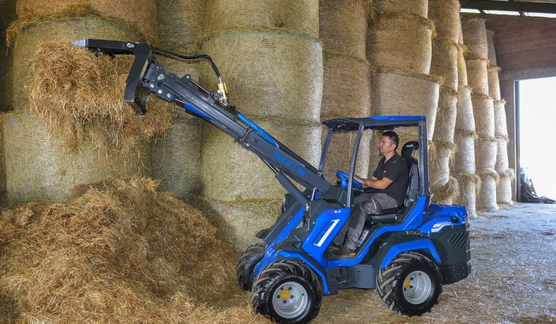 2018 8 Series Mini Loader full