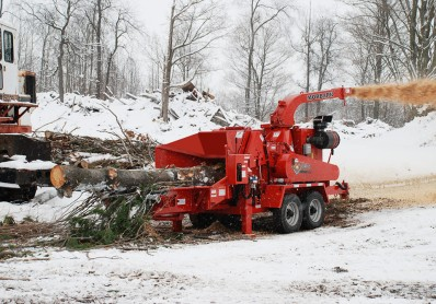 beever-m20r-brush-chipper-with-infeed
